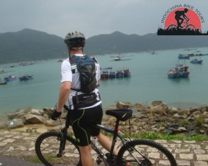 Hoi An Cycling To Hue – 1 day