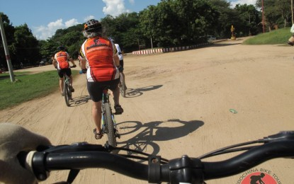 Siem Reap Cycling To Luang Prang – 15 days